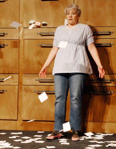 """Barbara in """"Kaspar Häuser Meer"""", Theater an der Rott, Regie Laura Tetzlaff, © 2014 Oliver Paul"""